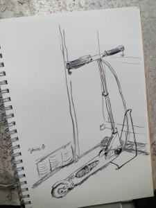 キックスクーター × 筆ペン